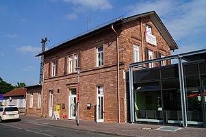 Raunheim station