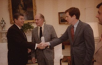 Robert Lighthizer - Lighthizer greeting President Ronald Reagan in 1983