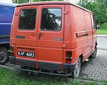 aa3bdc4e11 Pre facelift Renault Trafic rear