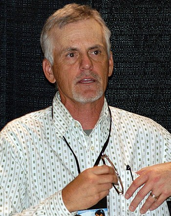English: Rob Paulsen attending the Calgary Com...