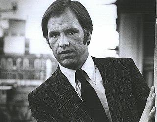 Robert Pine American actor