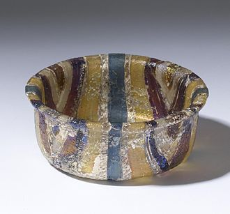 Gold glass - Roman bowl with gold band glass