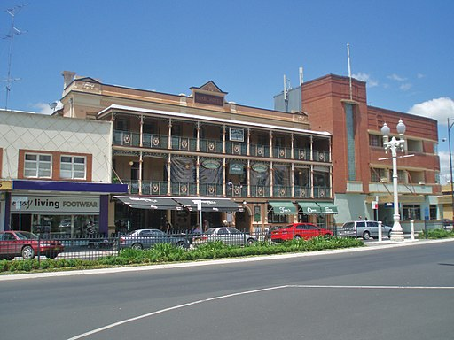 Royal Hotel - Bathurst NSW (5167142605)
