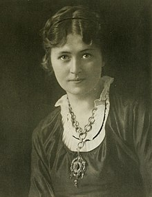 Ruby Lindsay portrait photograph (cropped).jpg