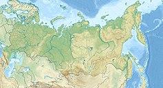 """Mapa konturowa Rosji, blisko prawej krawiędzi nieco u góry znajduje się punkt z opisem """"Komandory"""""""
