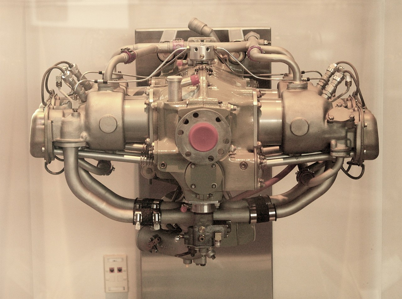 File Rutan Engine Replica Jpg Wikimedia Commons