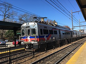 Silverliner V - Image: SEPTA Silverliner V 705 at Jenkintown Wyncote Station
