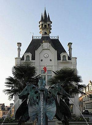 Saint-Méen-le-Grand - Town hall