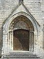 Saint-Vaast-lès-Mello (60), église Saint-Vaast, portail.jpg