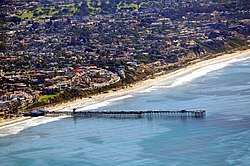 The San Clemente Pier and central San Clemente Beach on the Pacific Ocean