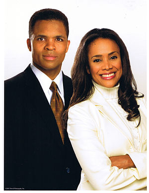 300px Sandi and Jesse Photograph Jesse Jackson Jr.s Wife Says His Depression May Have Been Triggered by Weight Loss Surgery