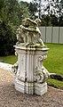Schloss Sonnberg Barockgarten Figur 2 neu.jpg