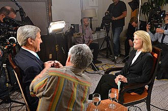 Greta Van Susteren - Van Susteren and Secretary of State John Kerry prepare for a 2015 Fox News interview