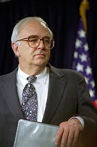 Secretary of Defense Les Aspin.jpg