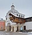 Serpukhov VladychnyMonastery GateChurch 003 3762.jpg