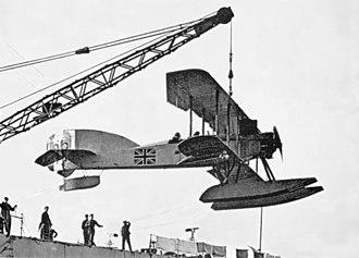 Short Admiralty Type 166 - Short Admiralty Type 166 on HMS Ark Royal, 1916.