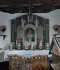 Interieur van de Sint-Luciakapel te Parfondruy
