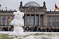 Snowman on the Platz der Republik Berlin 2021-02-06 09.jpg
