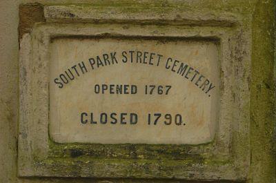 South-Park-Street-Cemetery-Gate.jpg