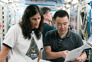 Soyuz TMA-05M crew training in the Space Vehicle Mock-up Facility at JSC.jpg