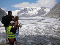Spencer Tunick at Aletsch Glacier 2007.08.18.JPG