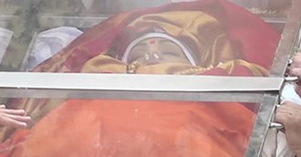 Sridevi - Sridevi lying on casket during her funeral procession