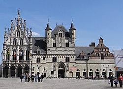 Stadhuis Mechelen, 2013.jpg