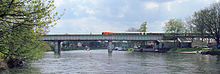 Staines Railway Bridge Over The Thames.jpg