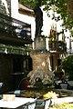 Statue à Aiguèze v.JPG