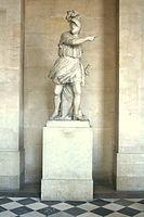 Biographie de Bertrand Du Guesclin 133px-Statue_Duguesclin_Versailles