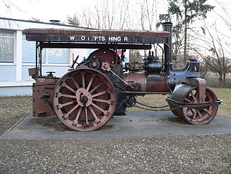 Road roller -  Steam-powered roller