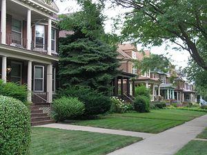 Woodbridge, Detroit - Street scene on Avery, looking south from Willis