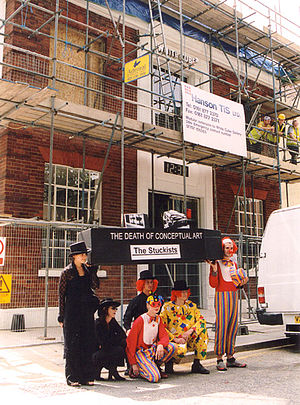 White Cube - Stuckist artists demonstrate outside the White Cube, July 2002. The scaffolding was in place to add extra floors.
