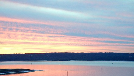 Sunset over the Potomac near Mount Vernon Sunset over the Potomac River 22 Jan 2019.jpg