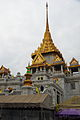TH-bkk-wat-traimit-01.jpg