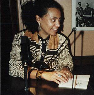 Véronique Tadjo - Véronique Tadjo during a public reading in Frankfurt/Main, 2001.