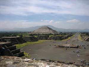 Teotihuacan 001.jpg