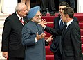 The Prime Minister, Dr. Manmohan Singh being welcomed by the French and EU President, Mr. Nicolas Sarkozy at the 9th Indo-EU Summit, in Marseille, France on September 29, 2008 (1).jpg