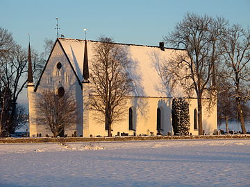 Tierps kyrka januari 2014.JPG