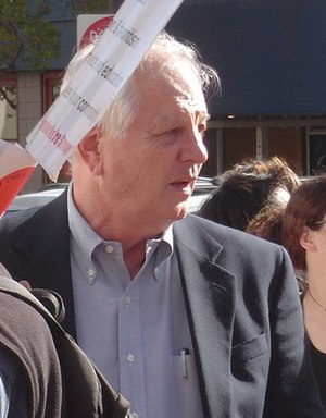 Tom Bates - Bates at a strike for UC workers in 2005.