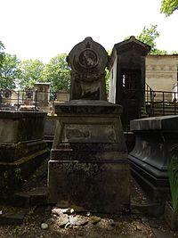 Tombe de Leon Gozlan (division 21).JPG