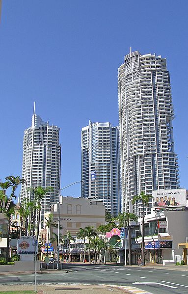 Файл:Towers of Chevron Renaissance in the GC HWY.jpg