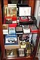 Transistor Radios (5858275220).jpg