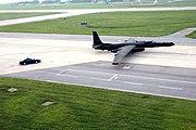 U-2 taxies 2006-06-20 F-8409K-002