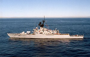 USS Bronstein (FF-1037) underway off the coast of Southern California (USA) on 24 November 1986 (6449827).jpg