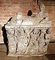 Urna in alabastro con il riconoscimento di paride, da sarteano, 200-150 ac ca.jpg