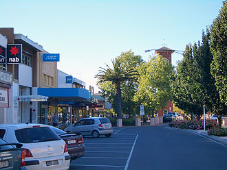 Sale, Victoria - View of the Sale city centre toward the mall