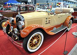 V Retro Auto&Moto Galicia, Chrysler B70 Six, 1926, wood rims.JPG