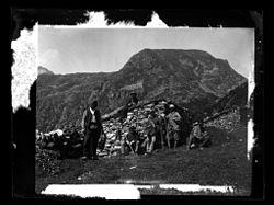 Vic Dessos Cabanne au col chemin d'Aubus Regnault- M.Cochet - Fonds Trutat - MHNT.PHa.912.A422.jpg