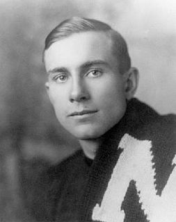 Vic Halligan American football player